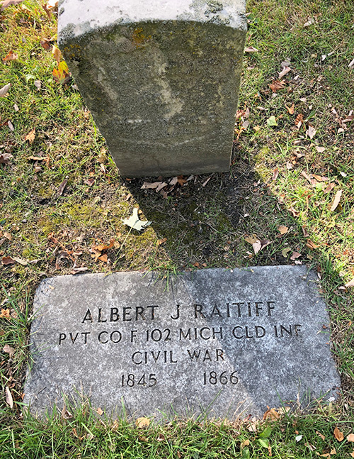 Albert J Raitliff Memorial Elmwood IMG 7714web