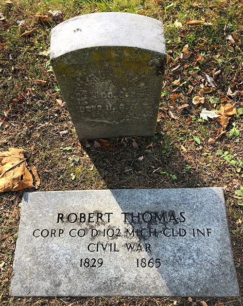 Robert Thomas Memorial Elmwood IMG 7717web